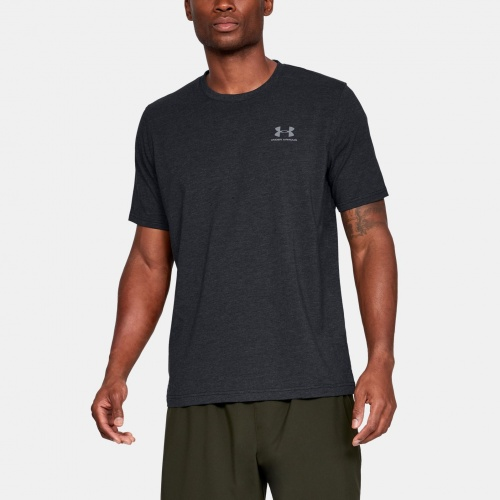 Clothing - Under Armour CC Left Chest Lockup Shirt 7616 | Fitness